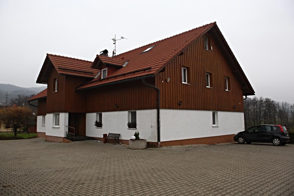 nová budova pensionu Jitka + parkoviště