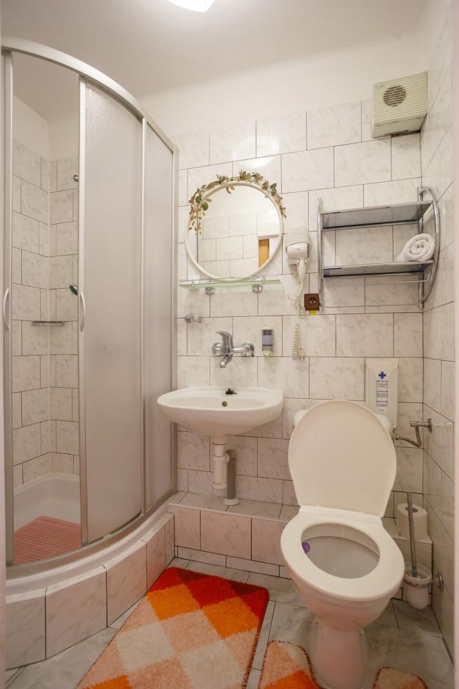 koupelna jednolůžkový pokoj