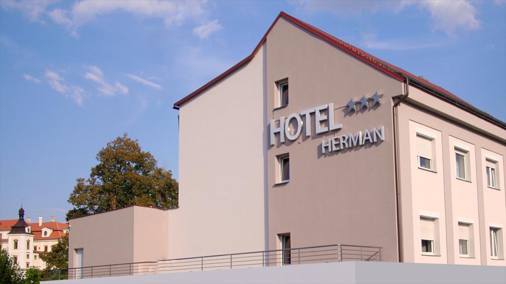 HOTEL HERMAN