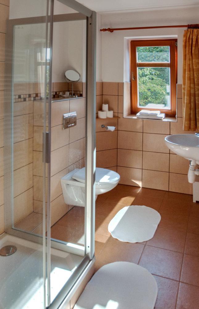 koupelna jednolůžkového pokoje