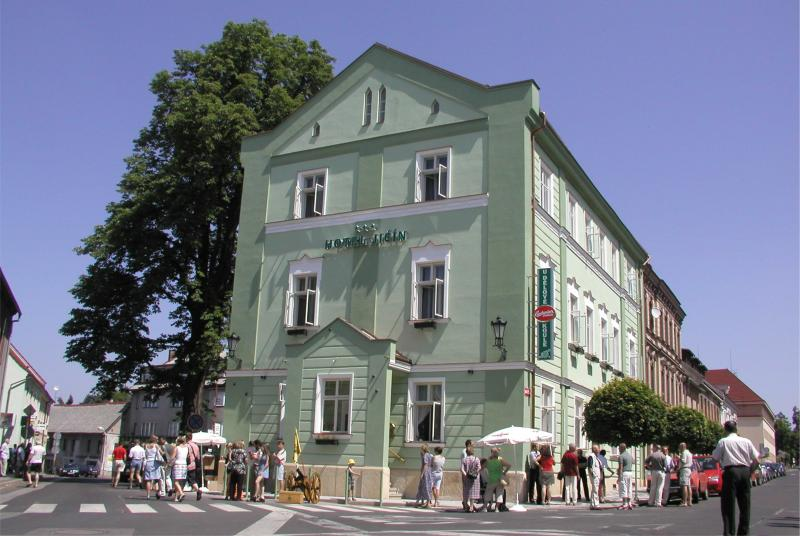Hotel Jičím***+