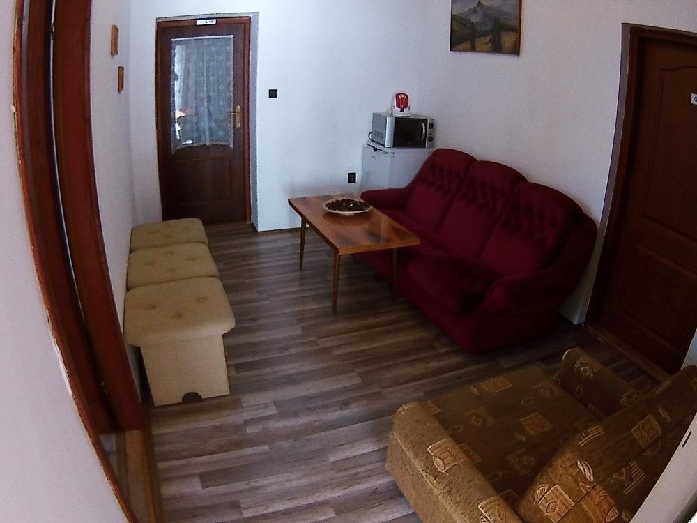 Spoločenská miestnosť 1 poschodie