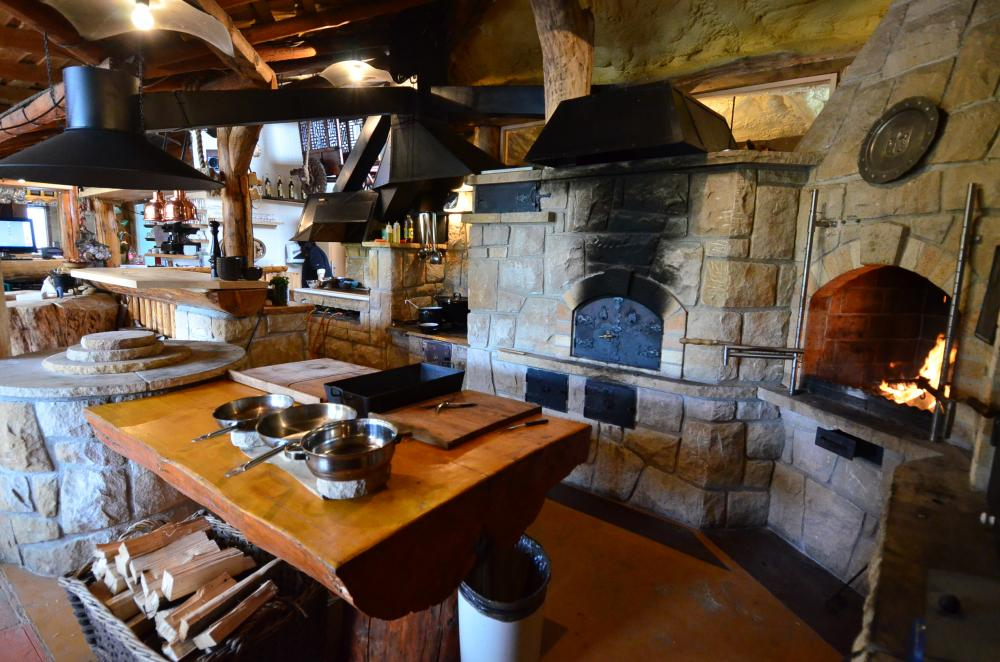 Kamenná kuchyň Ranč