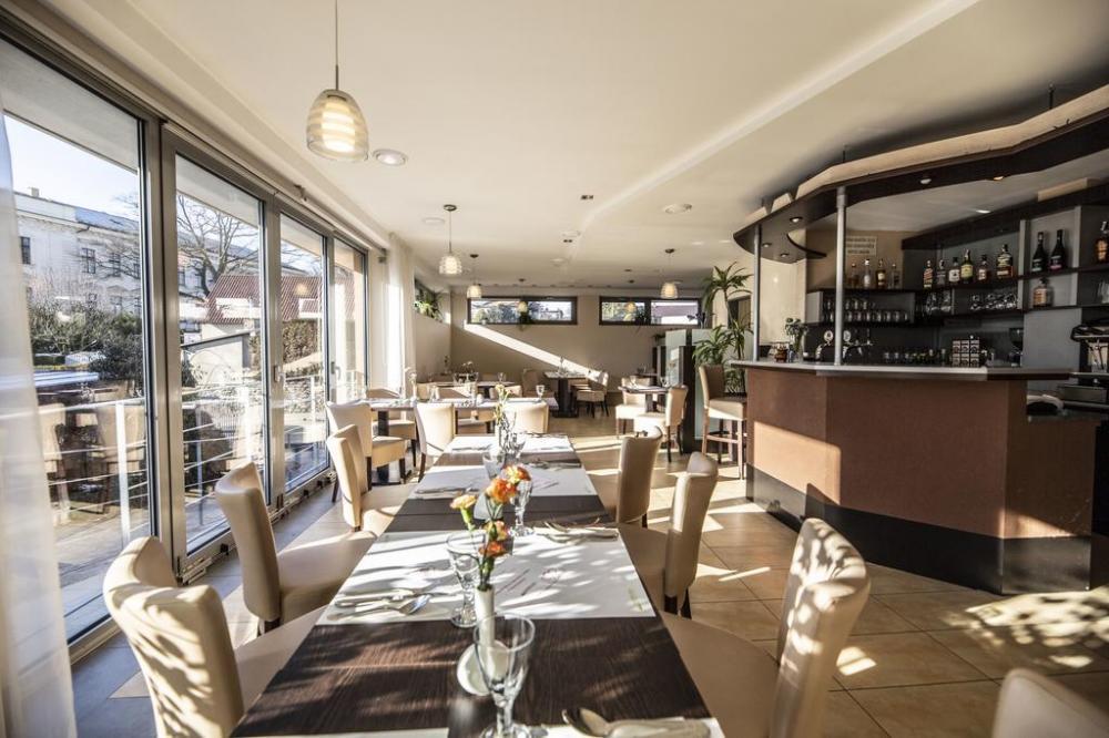 BARBORA Restaurant & Penzion