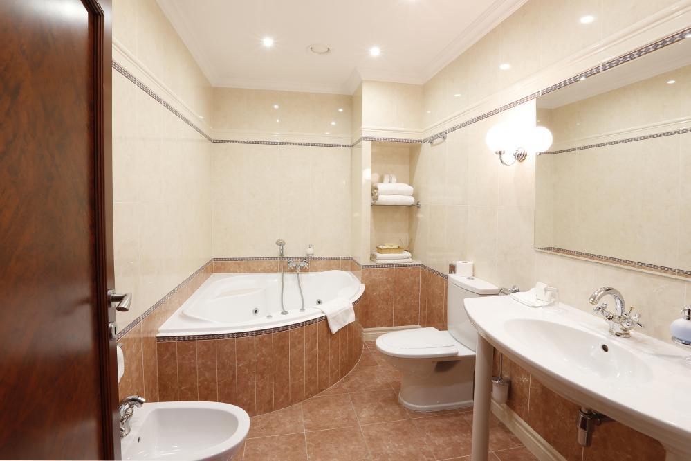 Císařské apartmá - koupelna