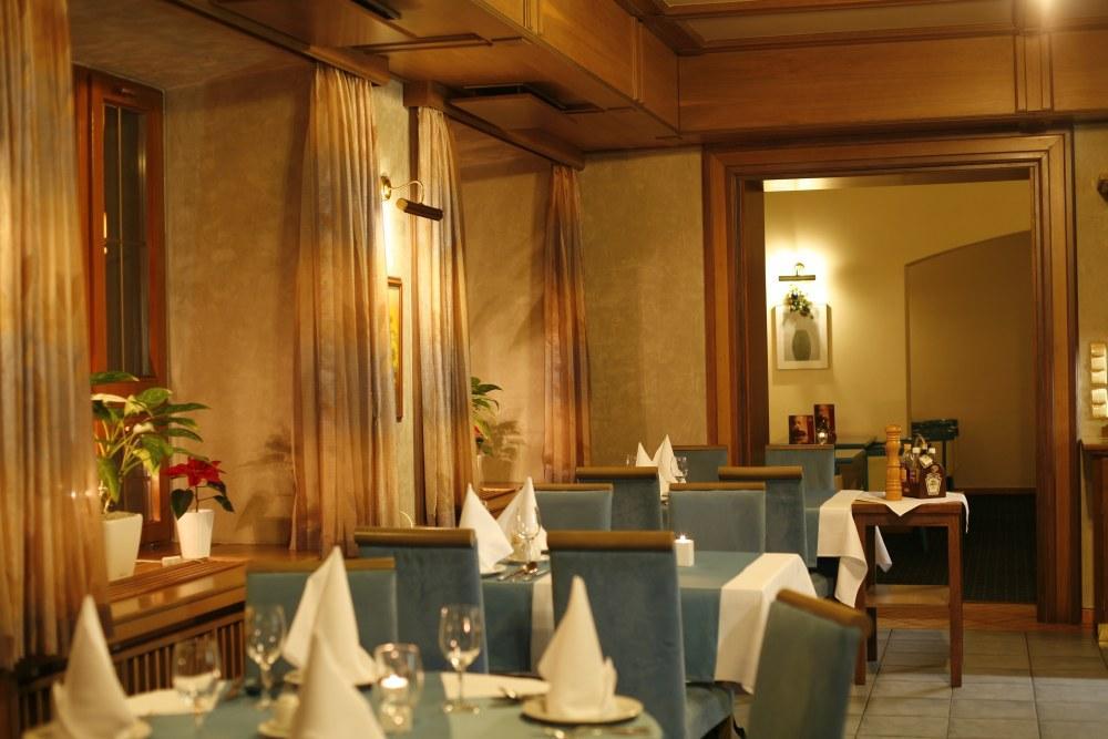 Modrá restaurace