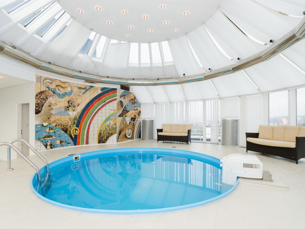 Bazén  v prezidentském apartmá