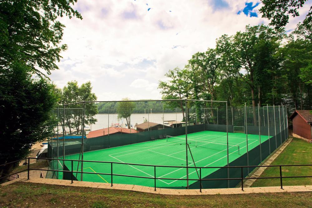 víceúčelové hřiště na tenis, florbal