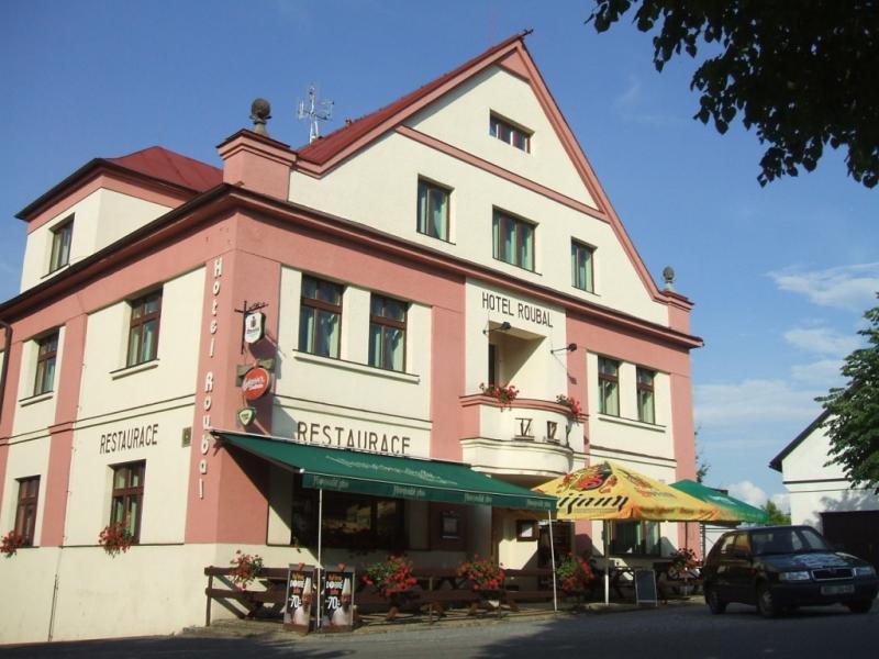HOTEL ROUBAL