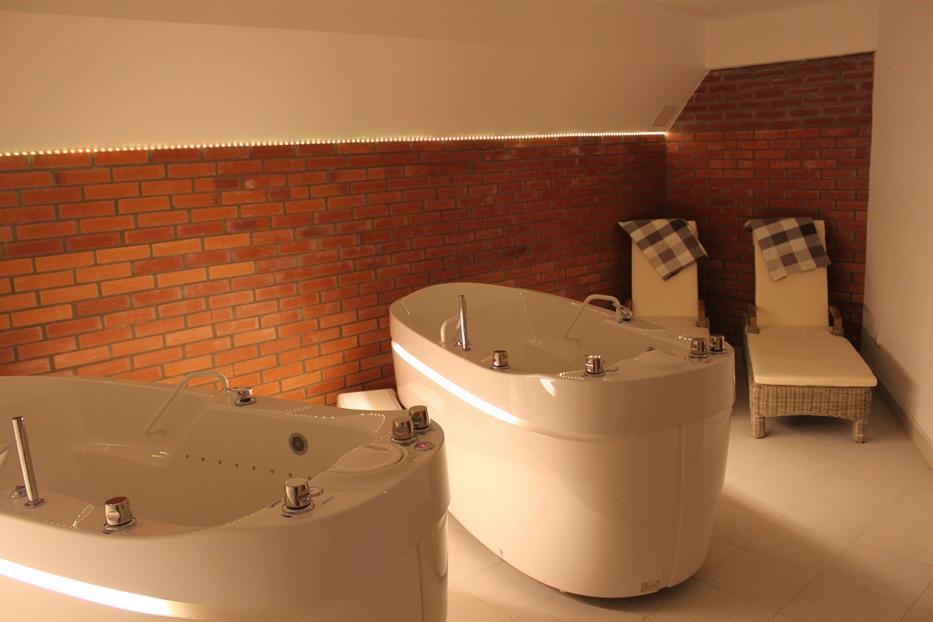 Perličkové vany - double kabina