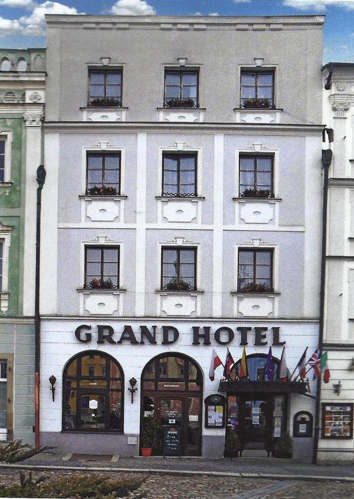 Grand***Hotel Černý Orel