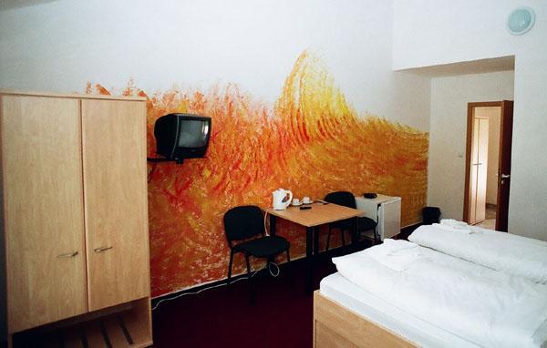 Pokoje jsou moderně vymalovány