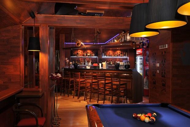 hotel berg bar melodie