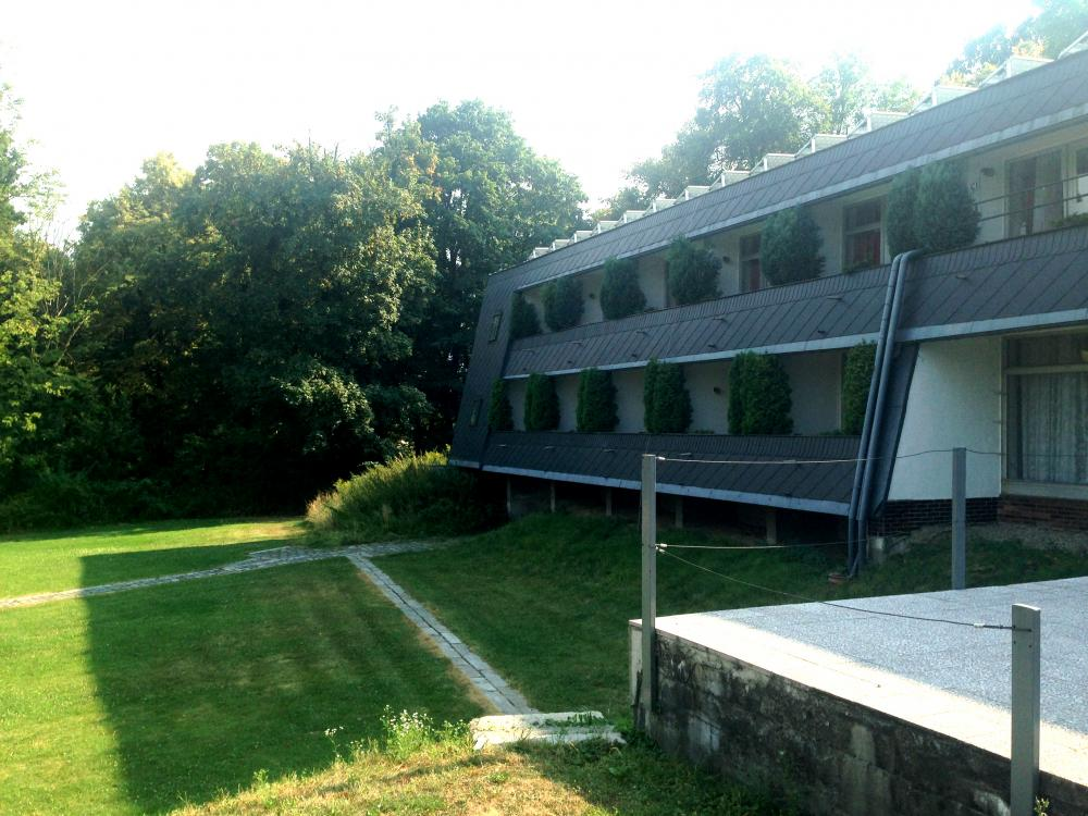 Pokojové balkony s výhledem na golfové hřiště