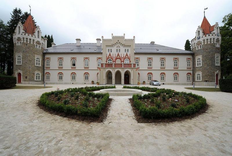 Chateau Herálec & Spa by L'OCCITANE