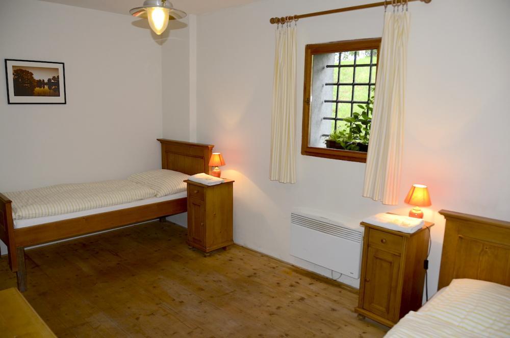 dvoulůžkový pokoj upravený pro handicapované hosty