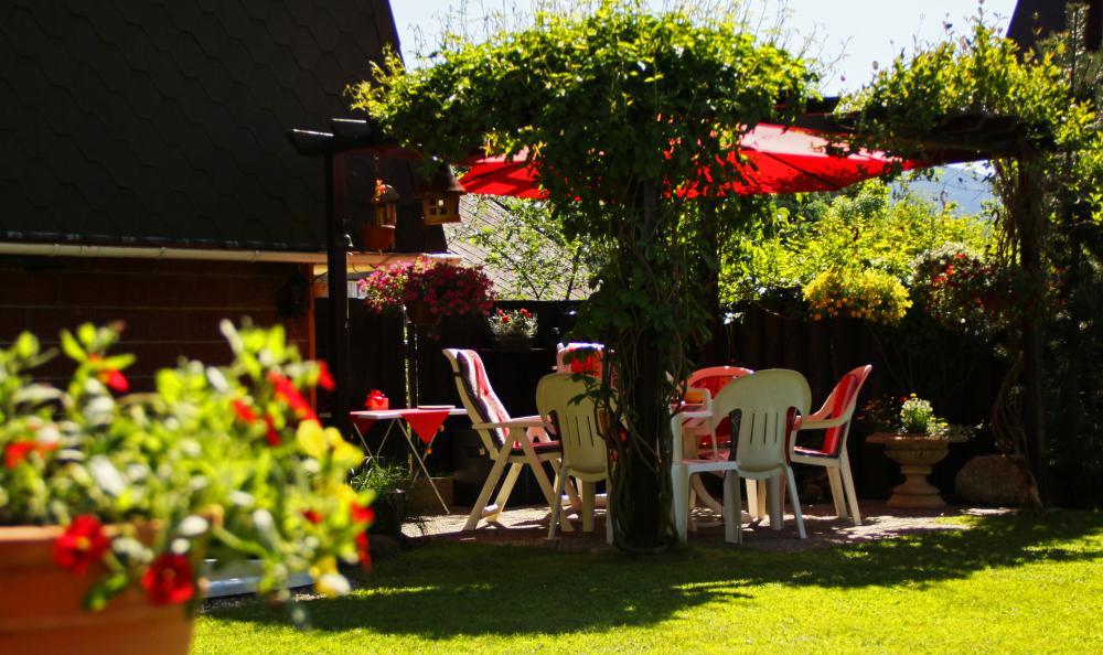 horní zahradní sezení pro hosty