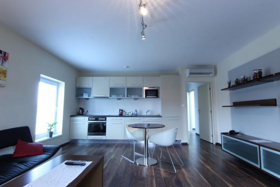Exclusive  apartmán-obývací pokoj, vč.pokoj