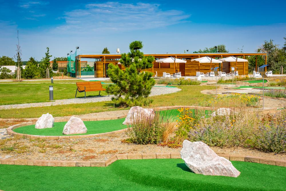 adventure golf turnaj