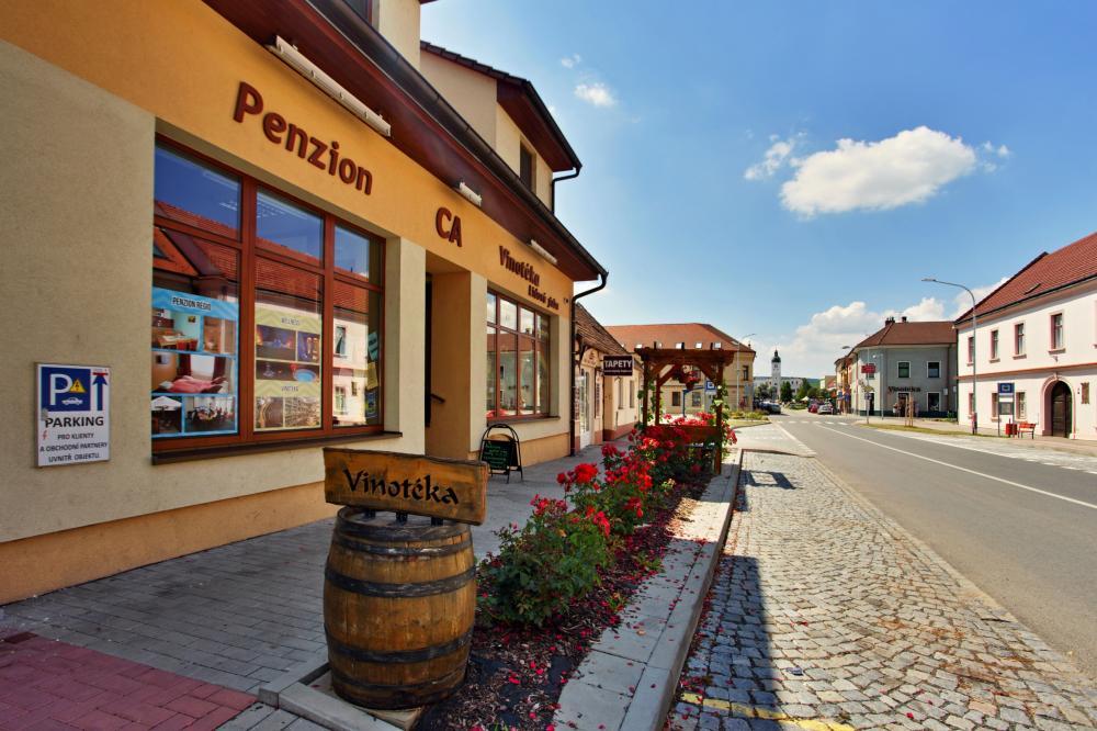 Penzion & Vinný bar Régio