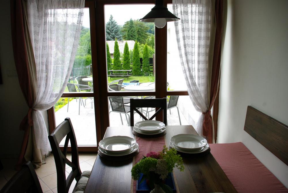 Společenská místnost - jídelna s kuchyní