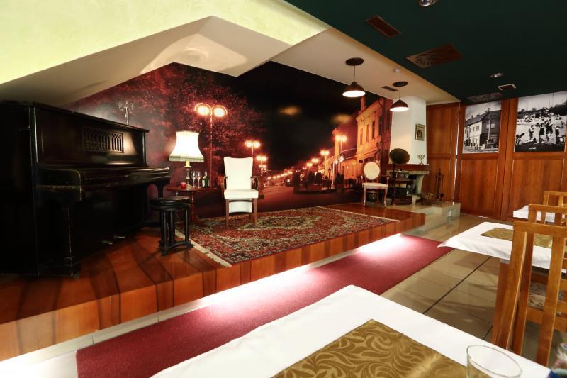 Hotel Nostalgia