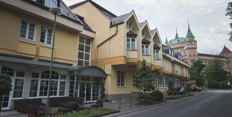 HOTEL POD ZÁMKOM****