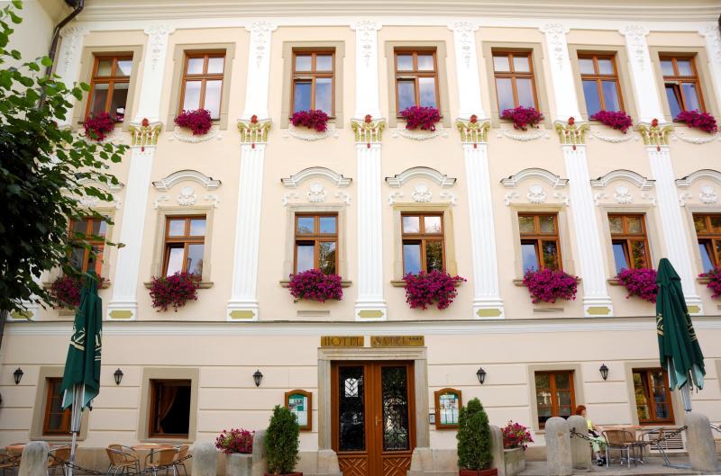 Hotel - vstup