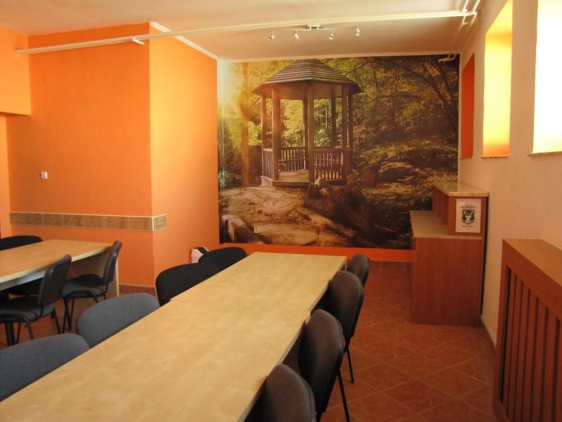 konferenčná miestnosť suterén
