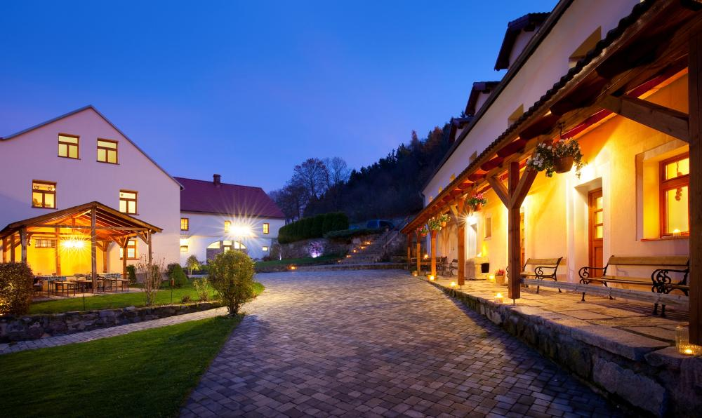 Lázně Karlovy Vary, Jáchymov