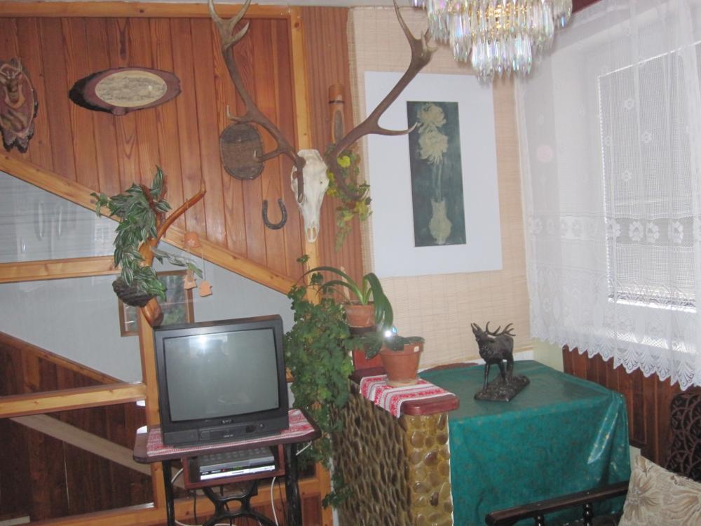 spoločenska miestnosť s TV sat