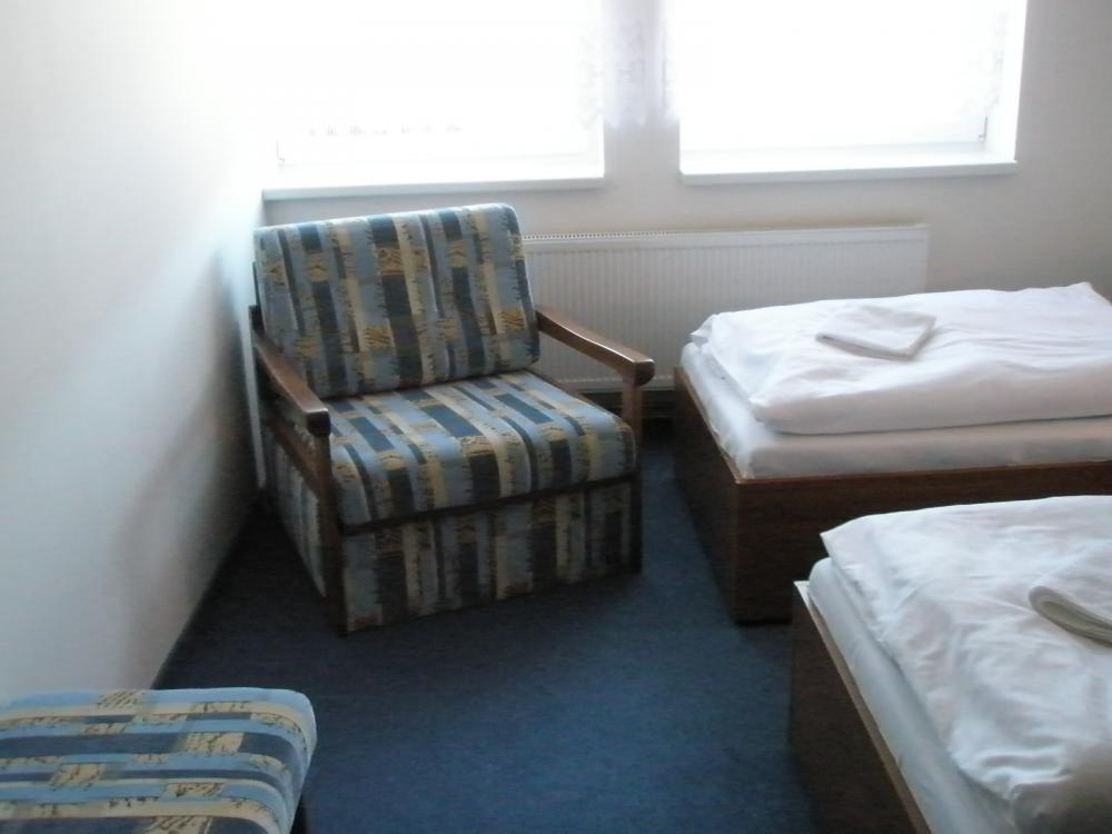 2-llůžkový pokoj s přistýlkou
