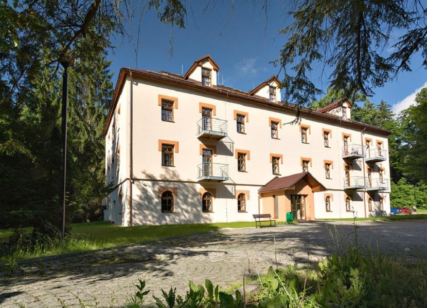 Lázeňský hotel Eliška II - depandance