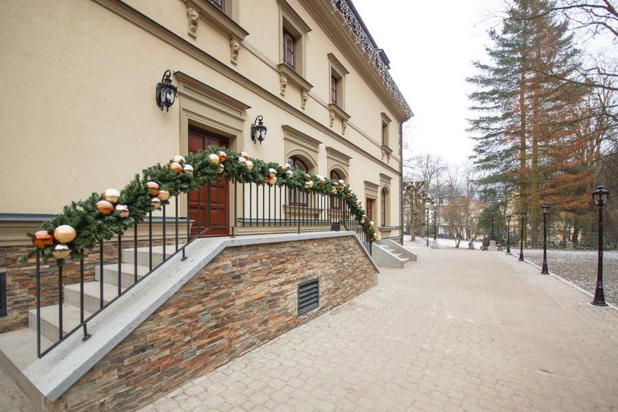 Male Versailles Hotel & Restaurant