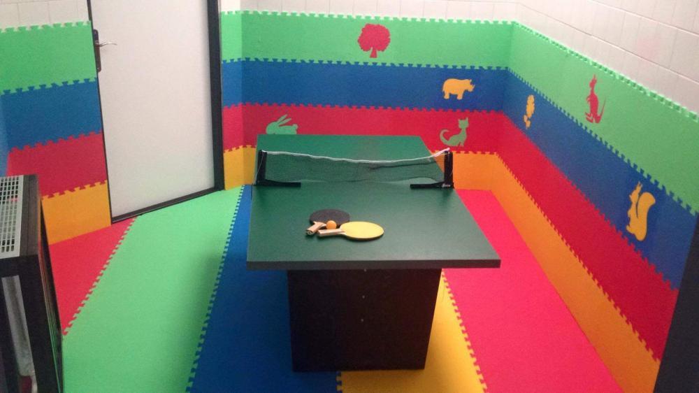 Dětský stolní tenis.
