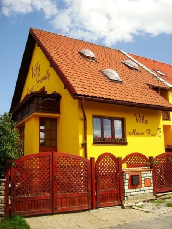 Vila House Family