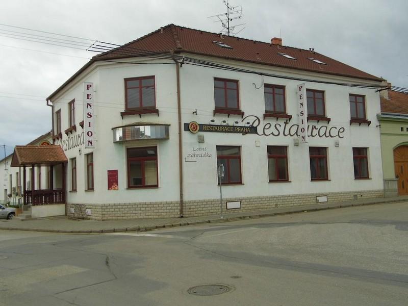 Restaurace a Penzion Praha