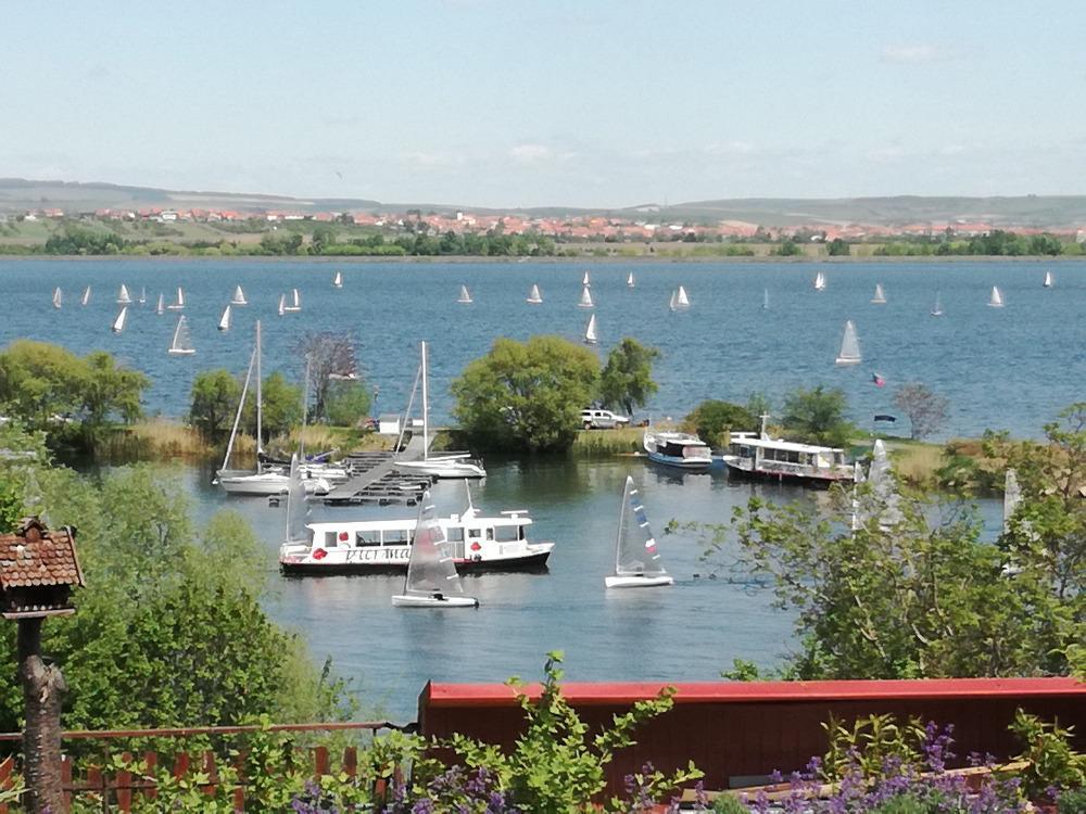 Penzion Nad jezerem