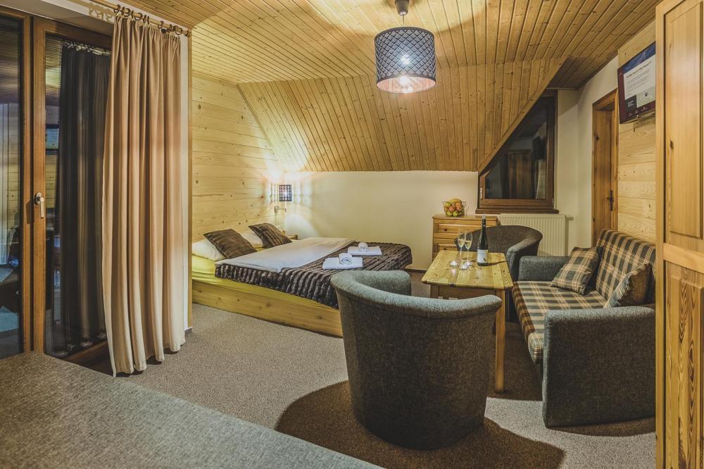 Trojlôžková izba s balkónom
