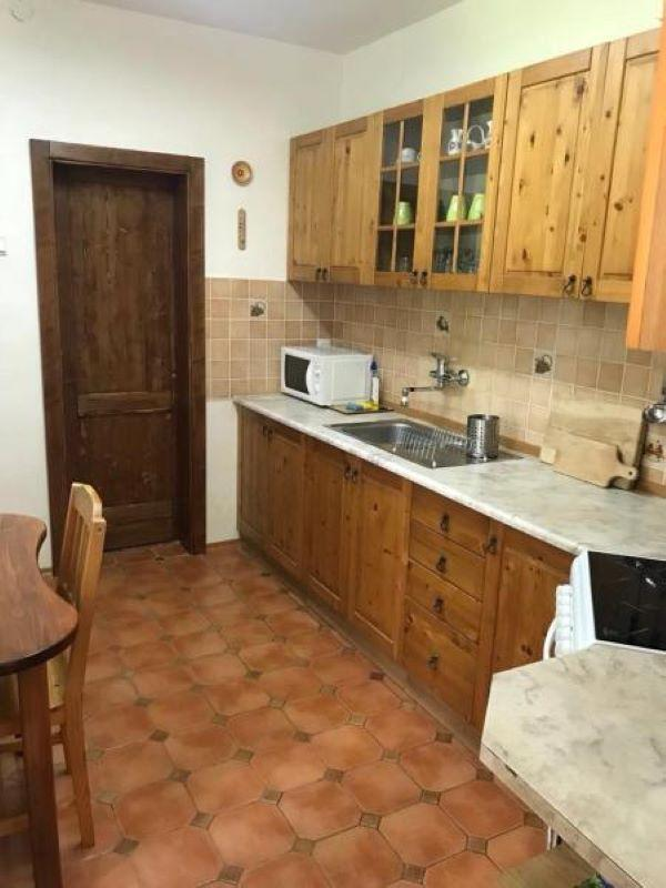 kuchyňa s vybavením
