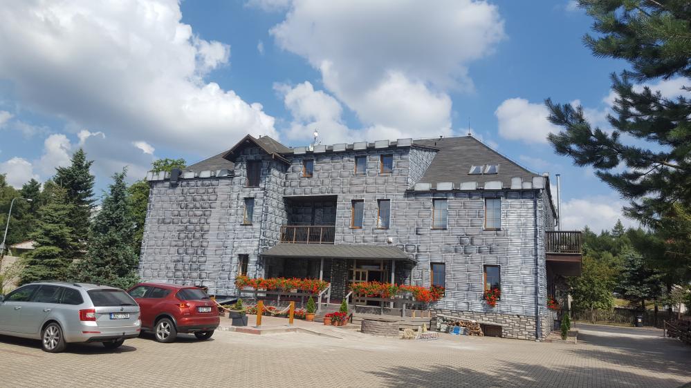 Hotel Camelot Tisá