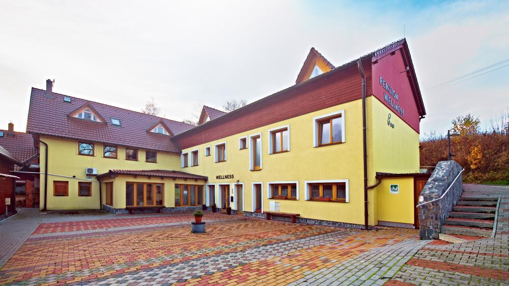 Wellness penzion EVA + Apartmány Pod Čerťákem