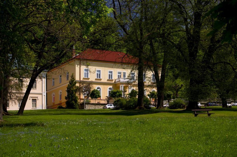 Lázeňský dům Šárka