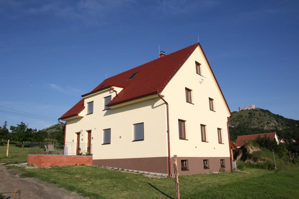 Palavia Apartments