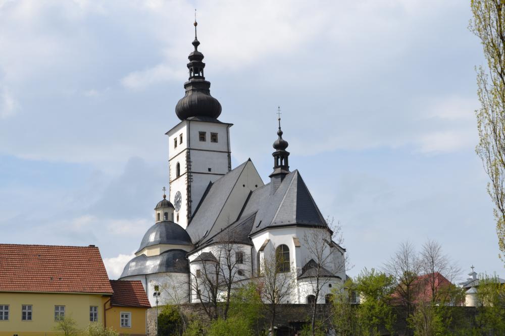Farní kostel Narození Panny Marie Příbor