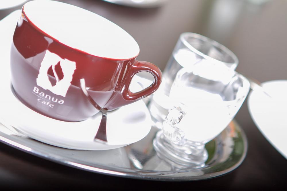 Výborná káva