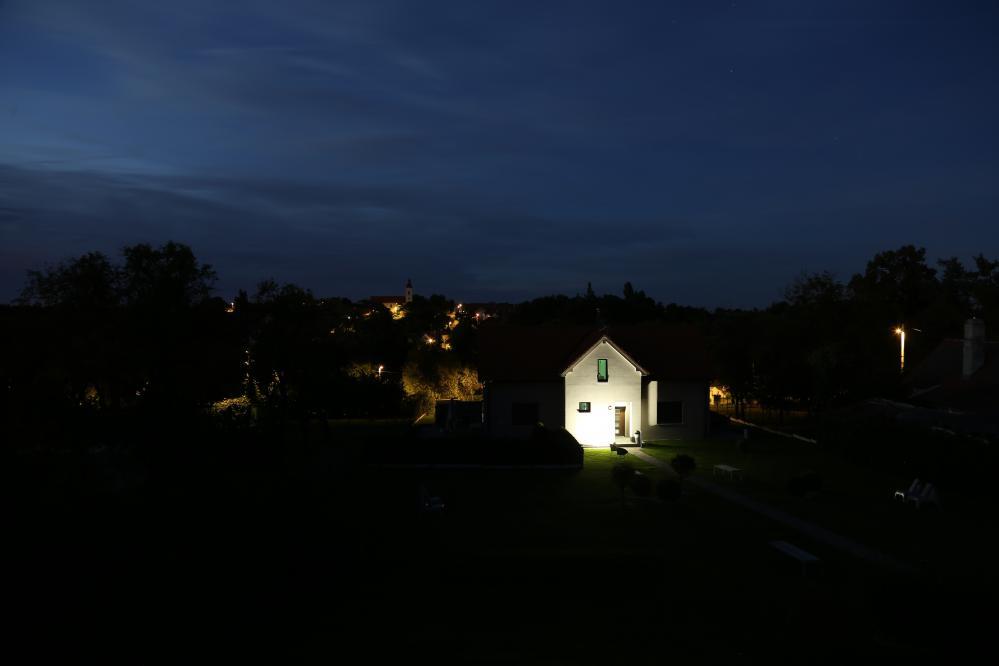 Noční výhled