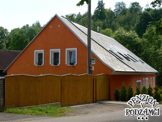 Penzion V Podzámčí