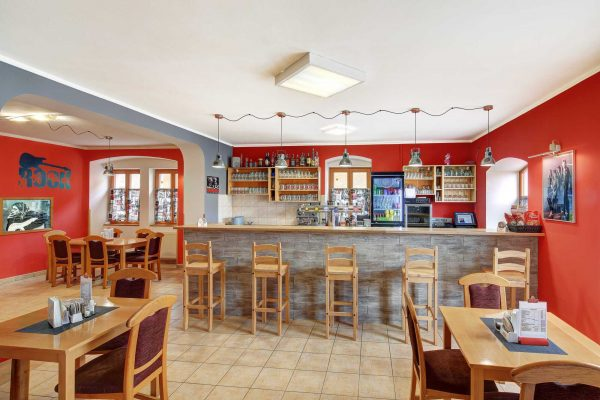 Změna otevírací doby restaurace