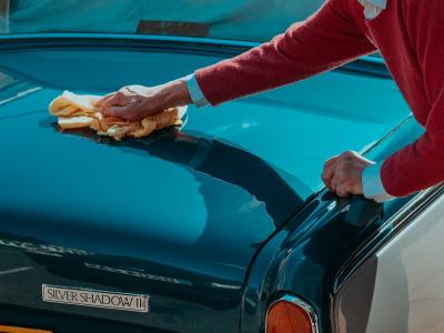 Mytí a čištění aut